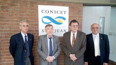 Autoridades durante la inauguración. Foto: CCT CONICET San Juan.